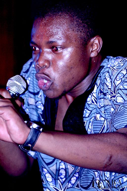 Momento ímpar da actuação do Rapper moçambicano que fez vibrar o público