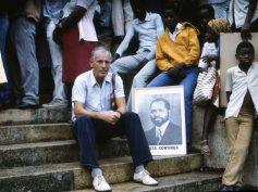 """Exposicão fotografica de Katrin Barh (Acadêmica e Curadora Alemã) """"RDA em Moçambique (1981-1989)"""""""