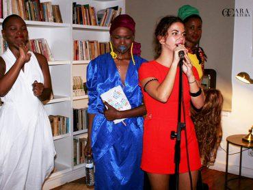 Poesia a moda Suazilândia no movimento handmadevoice