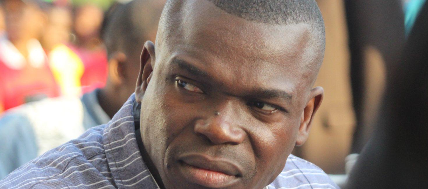 Eliot Alex devia ter estrelado o Filme Comboio de Sal e Açucar no papel que foi estrelado pelo angolano Matamba Joaquim