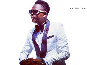Filipe Nyusi coloca Mc. Roger no poder depois de ter sido abandonado por Armando Guebuza