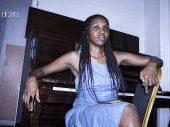 """""""Não existe um estilo musical importante que o outro"""" disse a pianista Thandi Ntuli no workshop"""