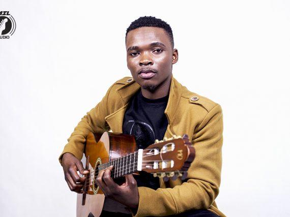 """Angelson, depois de tanto disputar por oportunidades, apresenta-se à praça musical moçambicana com """"Factos de Amor"""""""